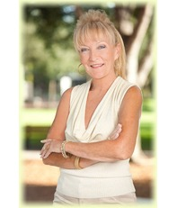 Naples Real Estate - Susan M Myhelic
